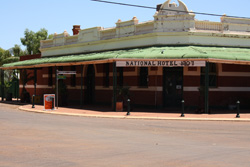 National Hotel, Sandstone